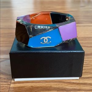 Authentic CHANEL Manchette Lucite Cuff Bracelet 08
